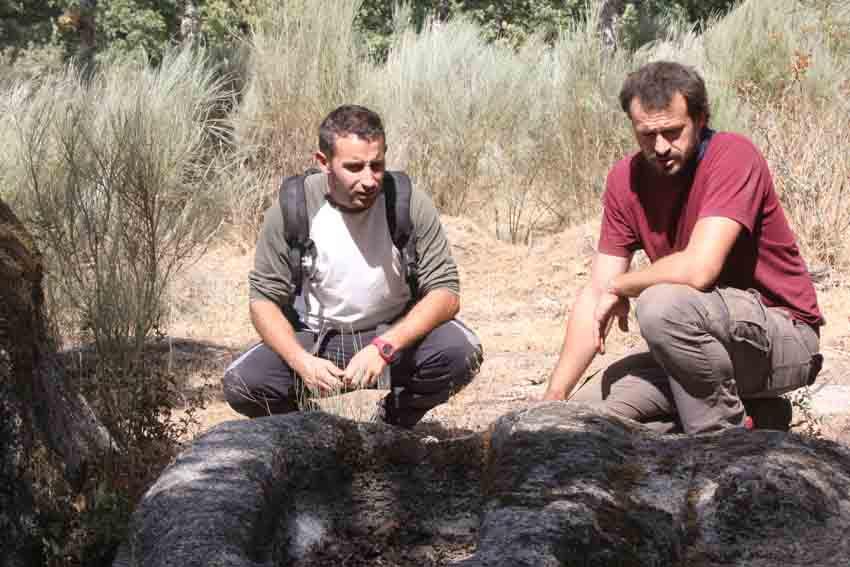 Expertos de espa a y portugal investigan las tumbas sobre piedra del siglo vi que hay en - Que hay en portugal ...